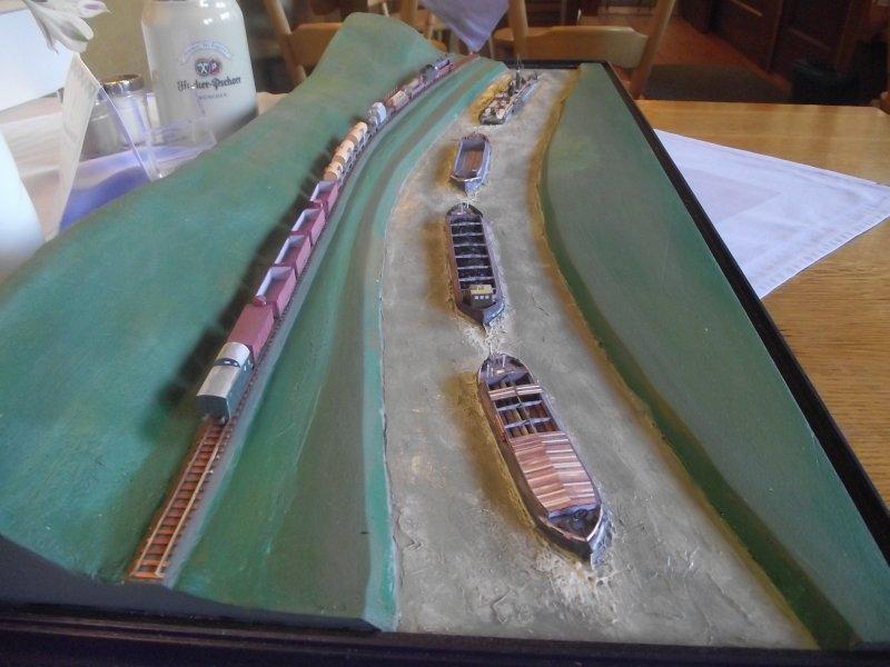 """Diorama """"Main-Kettenschlepper"""" von MB-Modellbau, 1:250 - Seite 4 Stisch32"""