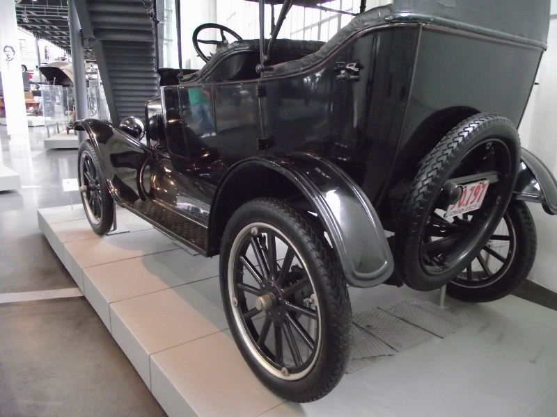 "Ford Modell T ""Tin Lizzie"" Vzent377"