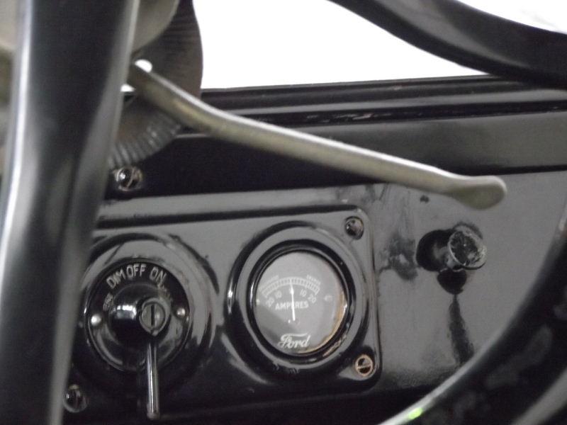 "Ford Modell T ""Tin Lizzie"" Vzent384"