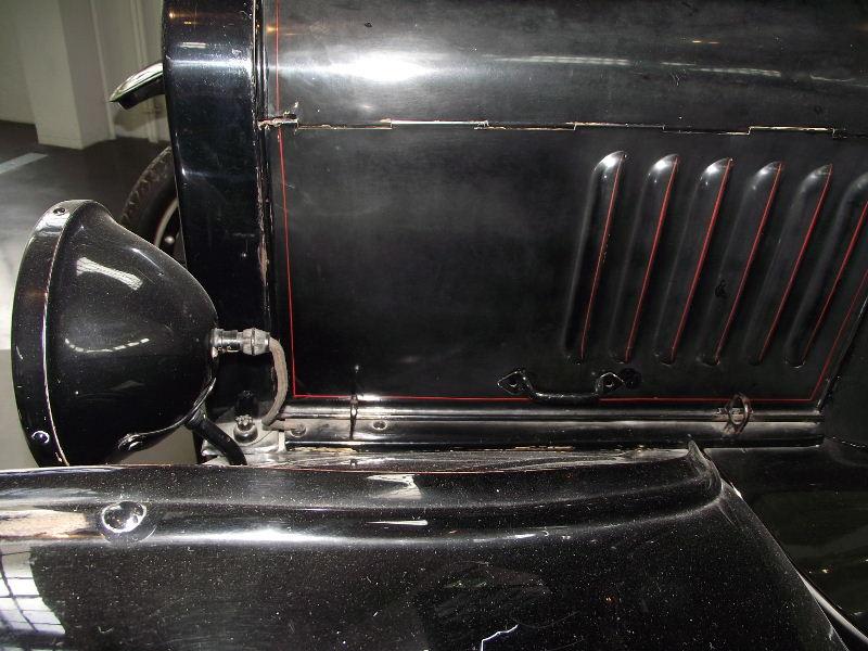"Ford Modell T ""Tin Lizzie"" Vzent394"