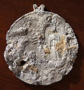 medaille en alu de Lourdes Medail17