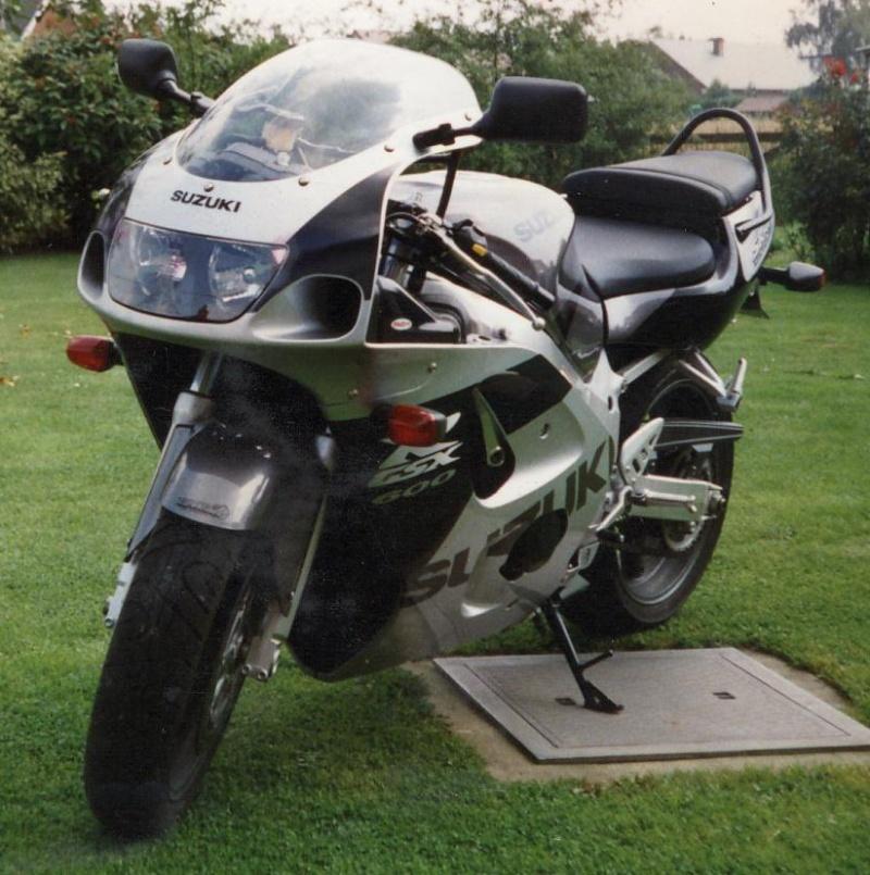 Derniers jours en XTZ1200 - Page 2 Moto_b10