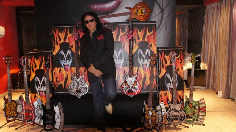 Gene Simmons News - Page 10 56116210