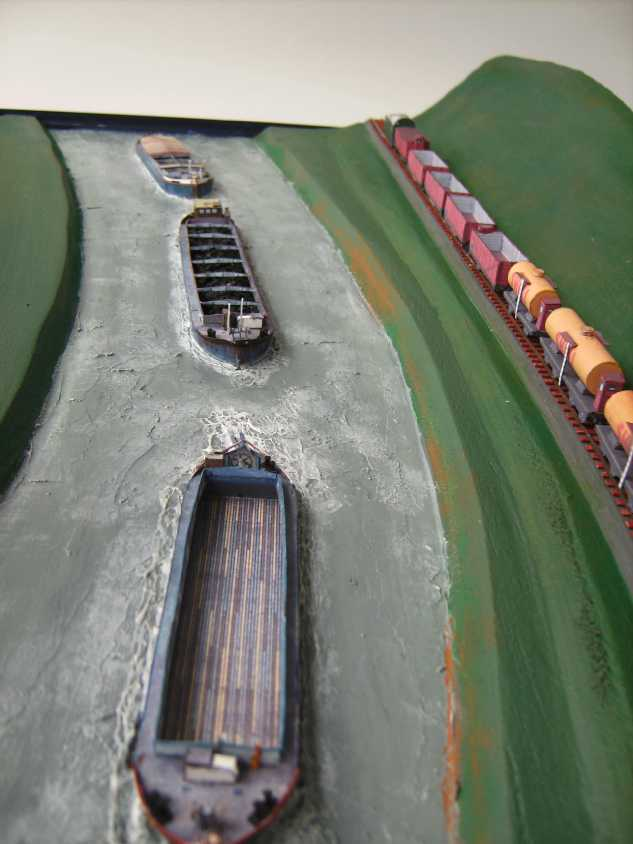 """Diorama """"Main-Kettenschlepper"""" von MB-Modellbau, 1:250 - Seite 3 Bild6035"""