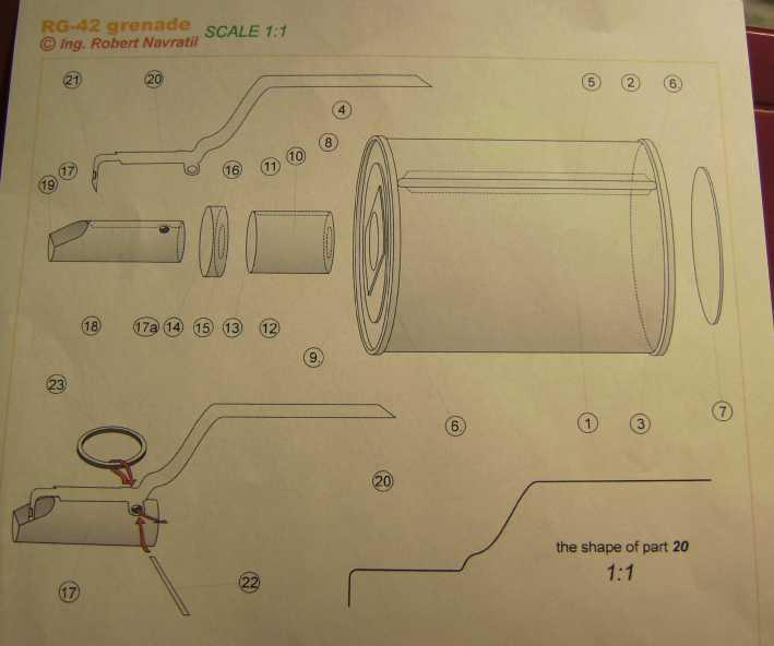 Kartonmodell einer Handgranate 1:1 FERTIG Bild7034