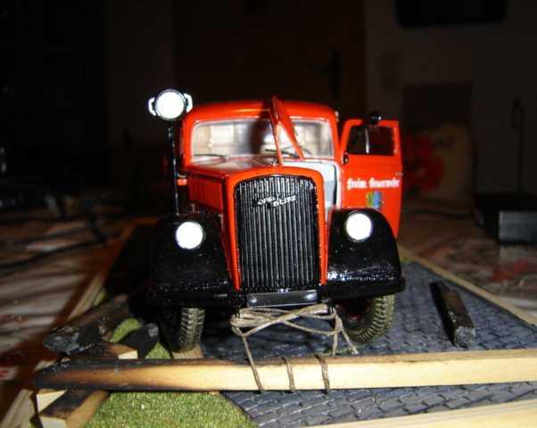 Alte Feuerwehr von Italeri Dsc00355