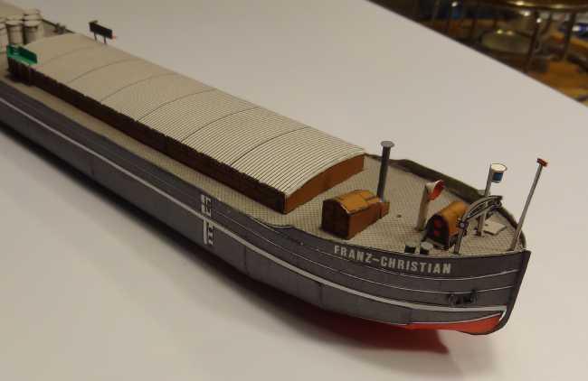 """Motorgüterschiff """"Franz-Christian"""" von HS-Modell in 1:250 Dsc02249"""