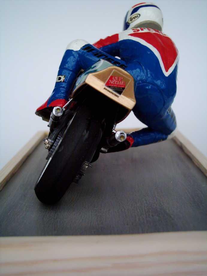 Rennmotorrad von Tamiya Dsci0016