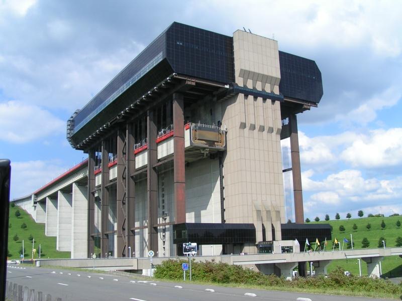 L'ascenseur funiculaire de Strépy-Thieu Pict5011