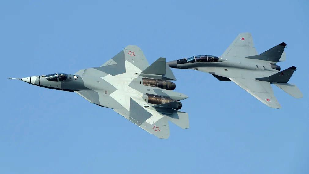 5th gen light mulltirole fighter/Mikoyan LMFS - Page 24 Su_57m10