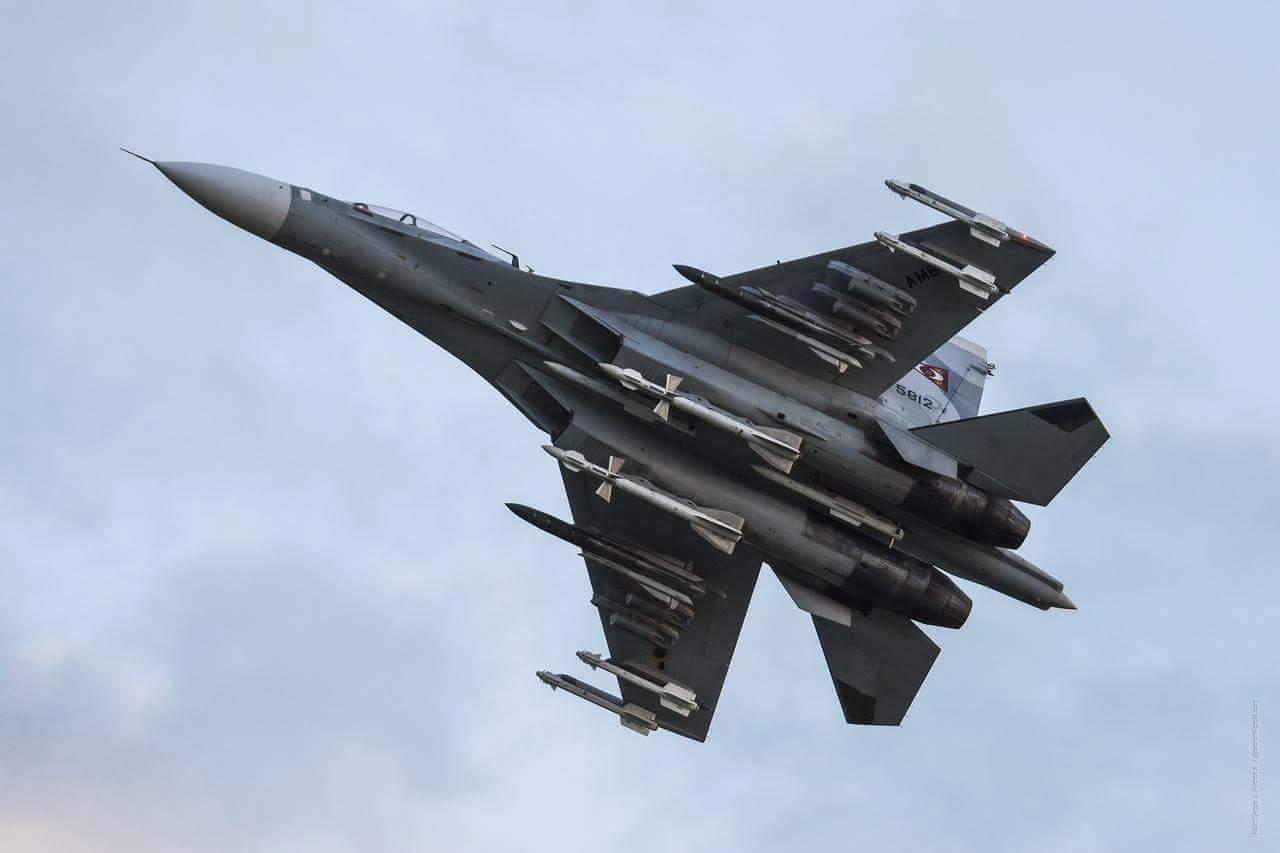VVS Air Force Videos - Page 4 Venecu10