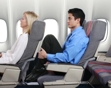 كيف تختار المقعد المناسب في الطائرة Istock10