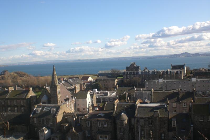 Burntisland & the Firth of Forth Cimg0216