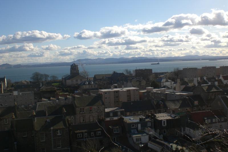 Burntisland & the Firth of Forth Cimg0217