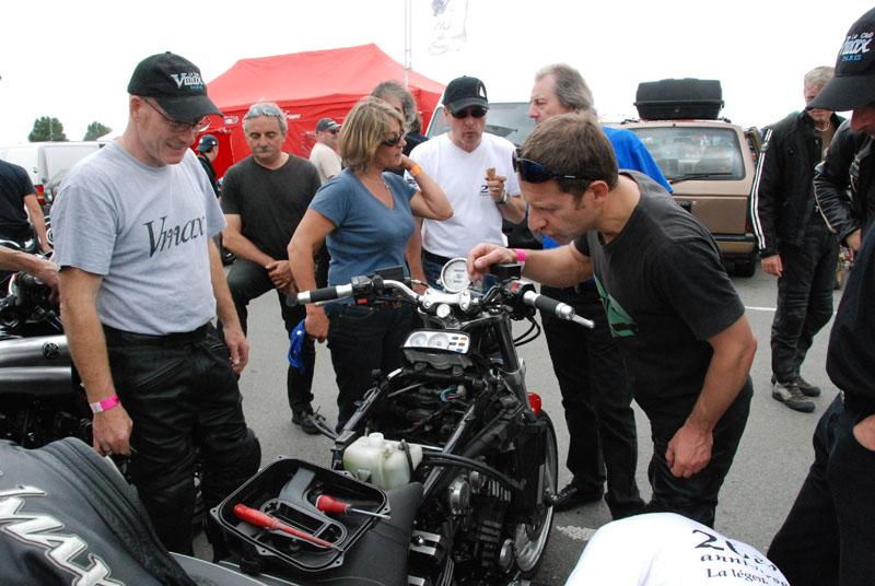 25-26 juin : Vmax Le Club fete ses 20 ans au Circuit Carole. - Page 12 Dsc_7912