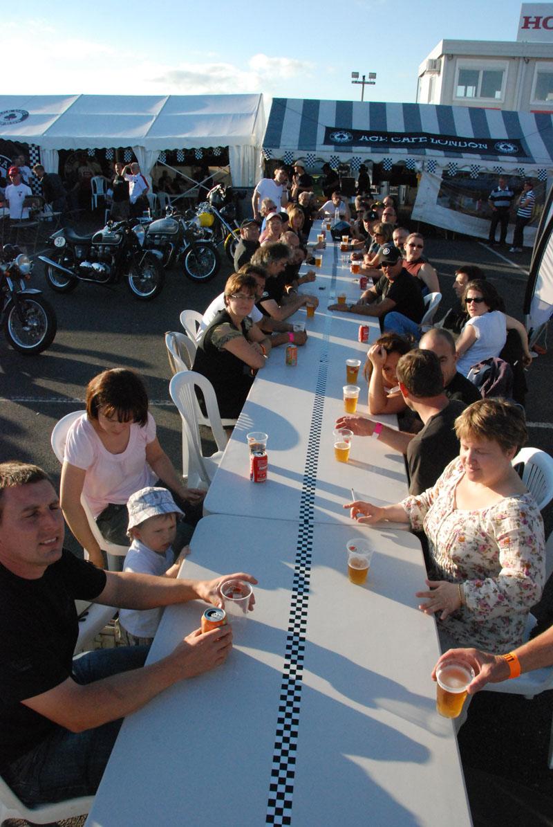 25-26 juin : Vmax Le Club fete ses 20 ans au Circuit Carole. - Page 12 Dsc_8113