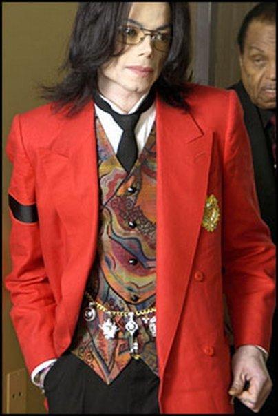 L'Estate ha cancellato tutti i debiti di Michael Jackson 2mecm510