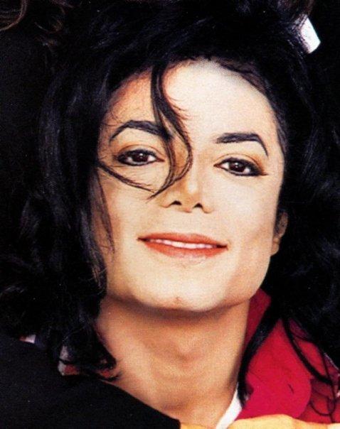 Il sorriso di Michael - Pagina 31 Rmviow11