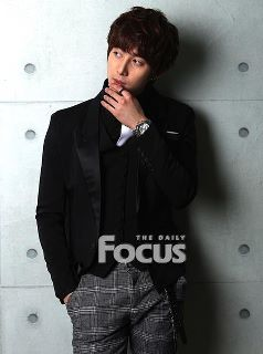 """[news] Hyung Jun """"Finally I am also acting, 2012 is my year!"""" Df110"""