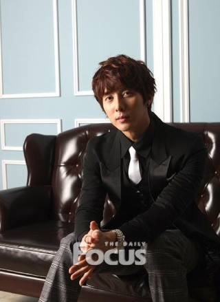 """[news] Hyung Jun """"Finally I am also acting, 2012 is my year!"""" Df610"""