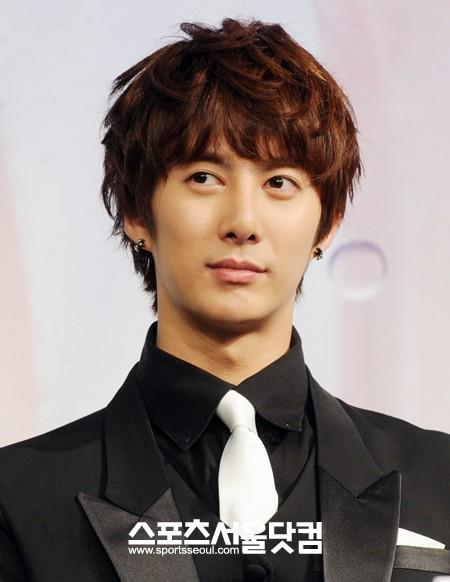 "[news] Hyung Jun Sincere Advice to Juniors ""Start profit sharing ratio as 6:4"" Rt10"