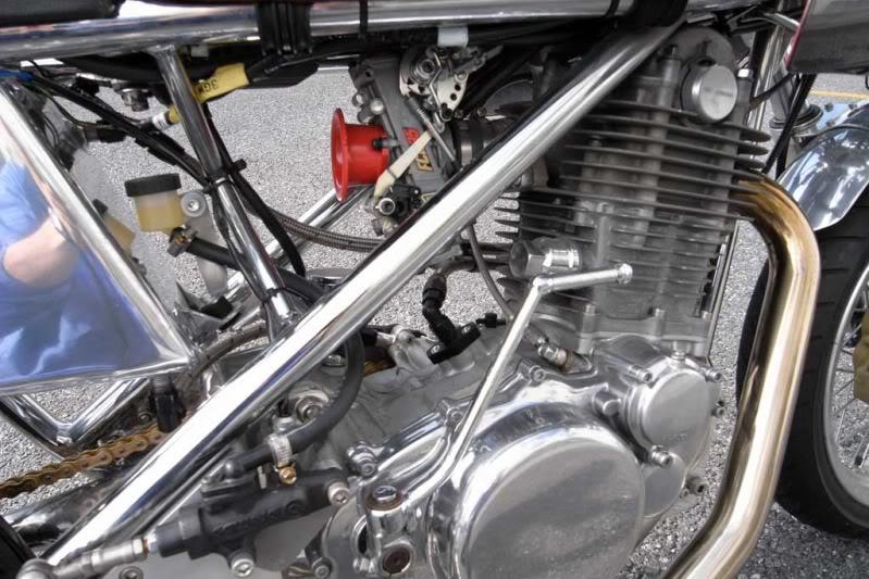 Beau mono racer 007l10