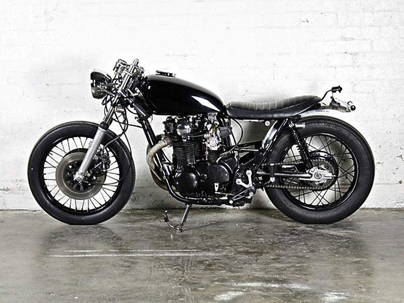 Black XS 0611