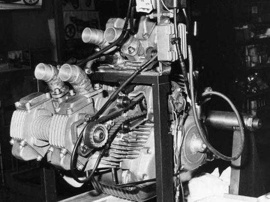 les plus beaux moteurs - Page 2 10294810