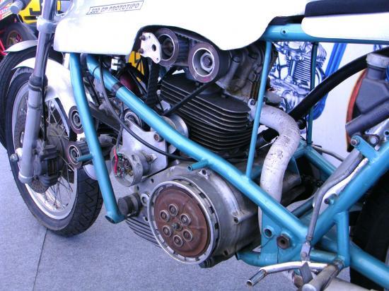 les plus beaux moteurs - Page 4 39819610