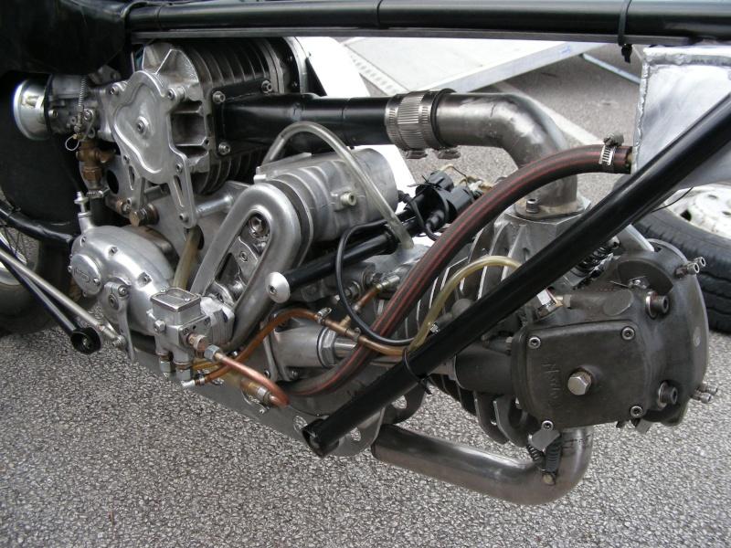 les plus beaux moteurs - Page 2 40258410