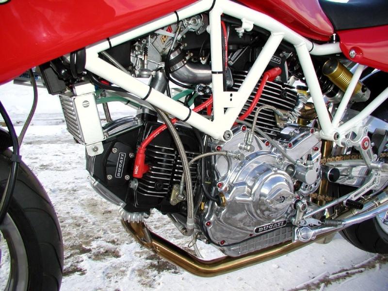 Ducati 900SS cadre blanc 41503911