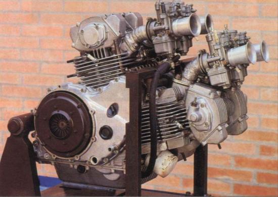 les plus beaux moteurs - Page 2 50981510