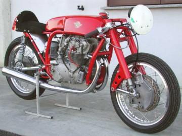 "Ducati 250 Tre Alberi ""John Surtees"" 53413810"