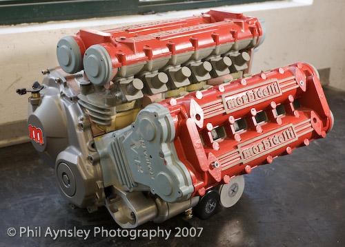 les plus beaux moteurs - Page 4 67055110