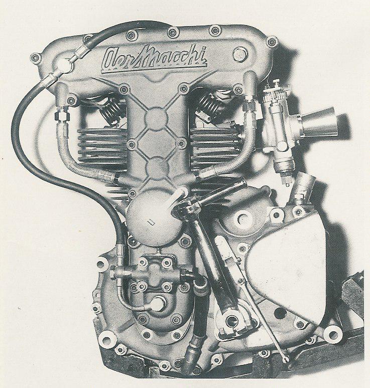 les plus beaux moteurs - Page 6 Aermac24