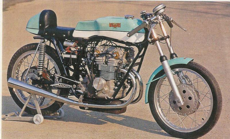 les plus beaux moteurs - Page 6 Arturo10