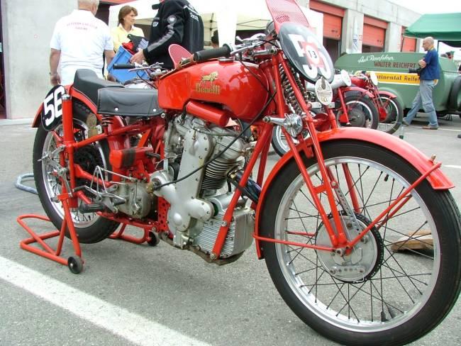 les plus beaux moteurs Benell14