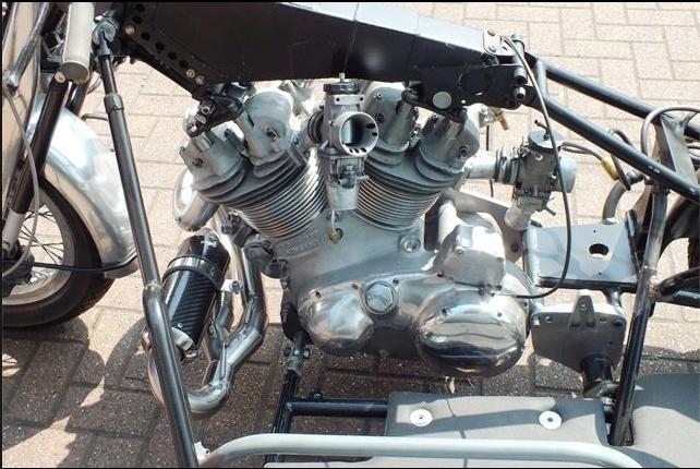 les plus beaux moteurs - Page 6 Captur12