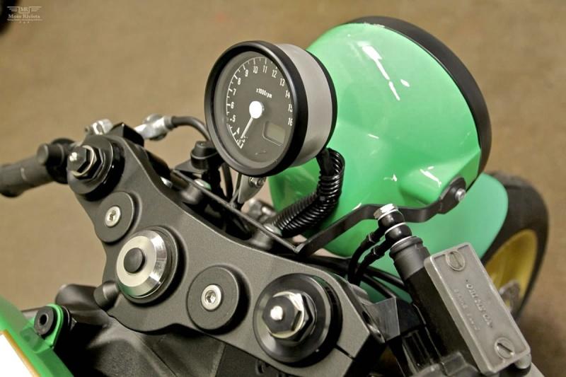 Z1000 Custom12