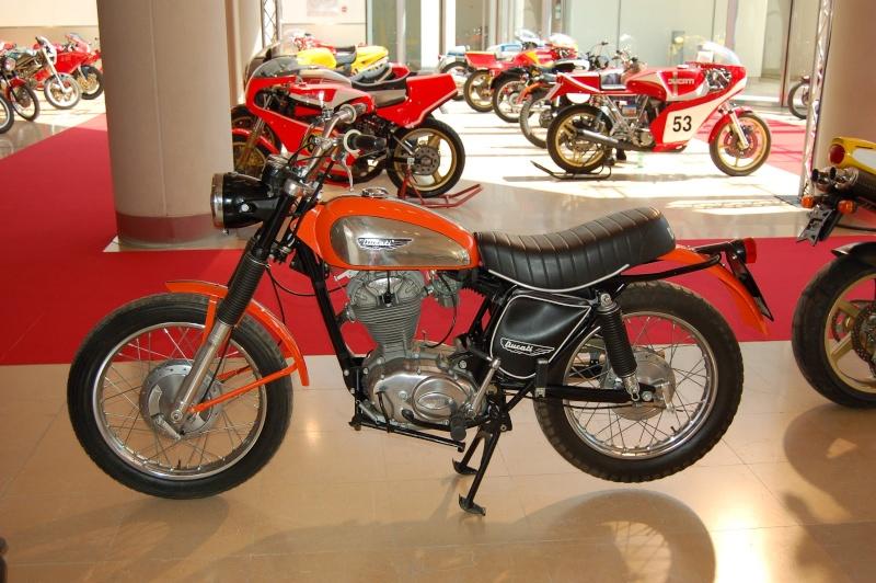 Ici on balance les Monos Ducati - Page 4 Dsc_0221