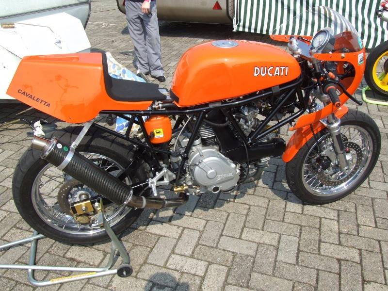 Supersport orange cadre noir Dscf6110