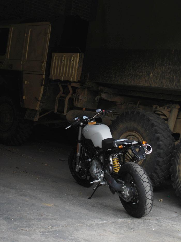 Multicaca Scrambler Ducati94