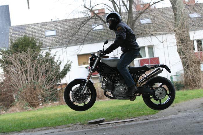 Multicaca Scrambler Ducati95