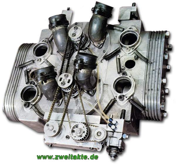 les plus beaux moteurs - Page 4 Helmut13