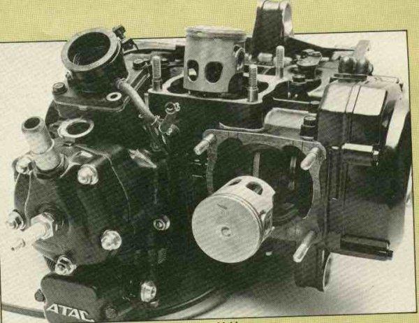 Motos d'exception et délires technologiques - Page 2 Honda-11