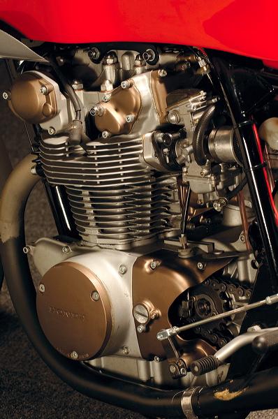 Honda 450 Racing Kerlo Classic Honda_36