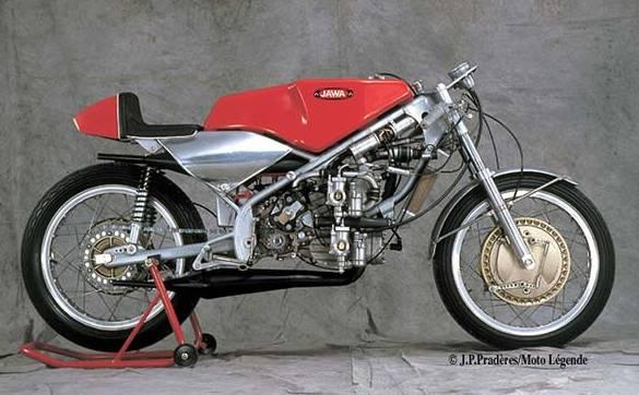 les plus beaux moteurs Jawa6710