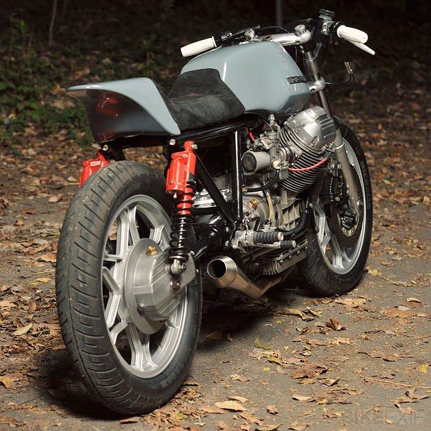 Guzzi... juste l'essentiel des Café Racer - Page 40 Moto-g25
