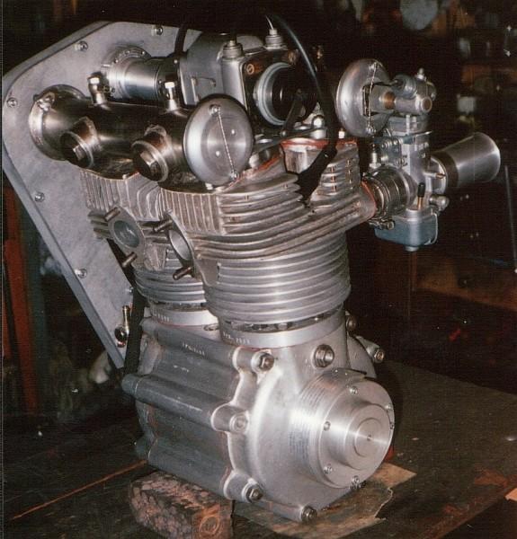 les plus beaux moteurs - Page 5 Normal19