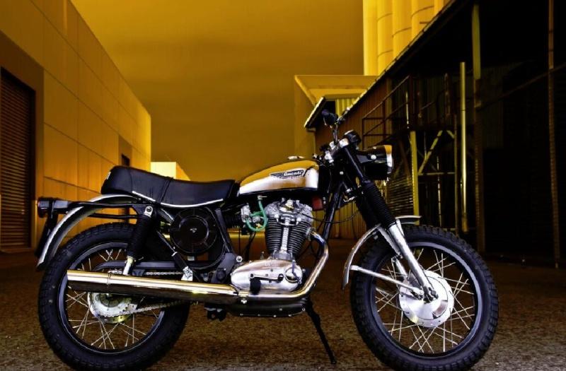 Ici on balance les Monos Ducati - Page 4 Scramb22
